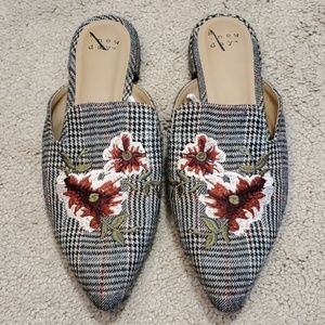 NWOT a new day plaid loafers size 7